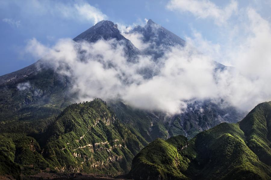 Výsledek obrázku pro Mount Merapi